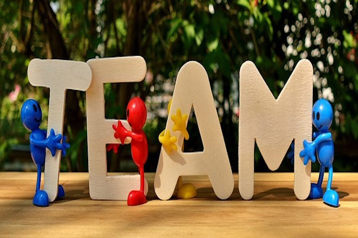 team-3393037_640